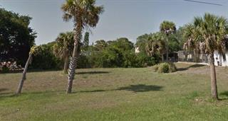 Sandlor Dr, Englewood, FL 34223