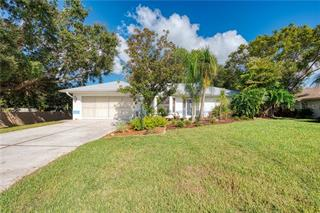 39 Clintwood Ave, Englewood, FL 34223