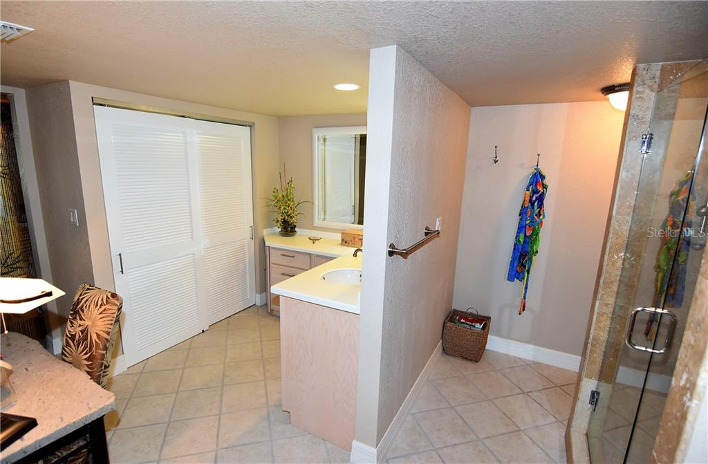 View of Master Bath - Condo for sale at 3210 Southshore Dr #11a, Punta Gorda, FL 33955 - MLS Number is C7402449