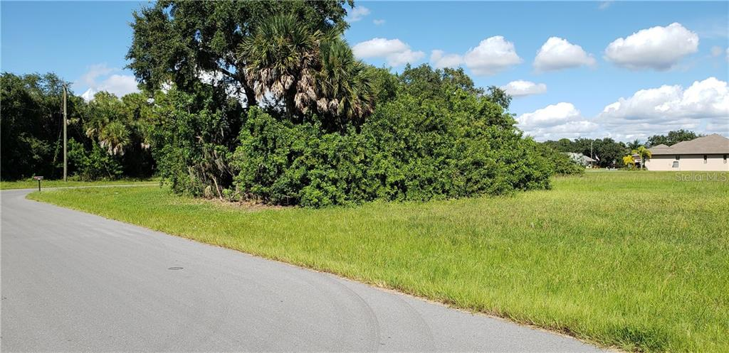 Vacant Land for sale at 225 Spring Dr, Rotonda West, FL 33947 - MLS Number is C7407298