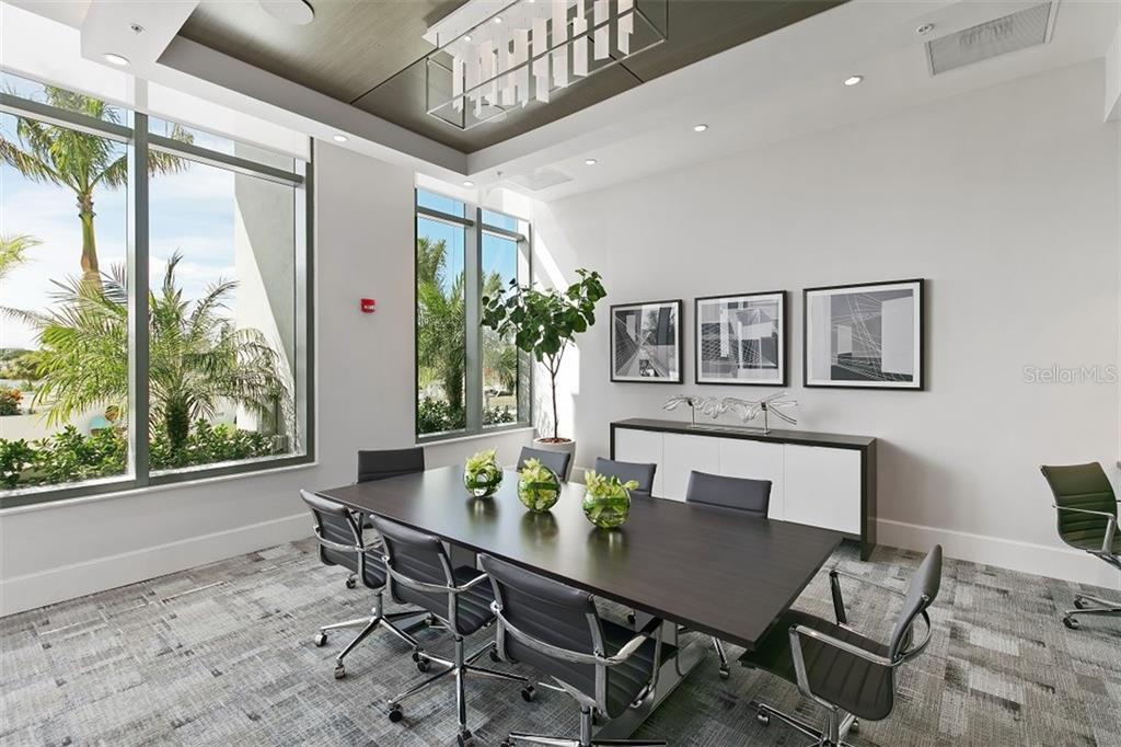 Additional photo for property listing at 1155 N Gulfstream Ave #0301 1155 N Gulfstream Ave #0301 萨拉索塔, 佛罗里达州,34236 美国