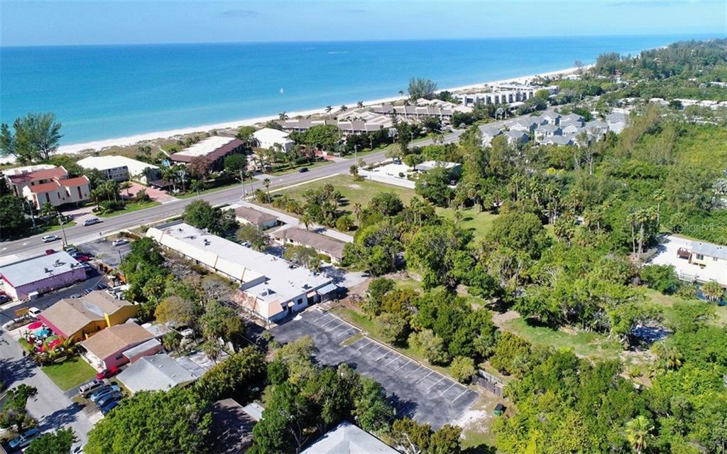 Additional photo for property listing at 5610 & 5620 Gulf Of Mexico Dr #1 5610 & 5620 Gulf Of Mexico Dr #1 Longboat Key, Florida,34228 Amerika Birleşik Devletleri