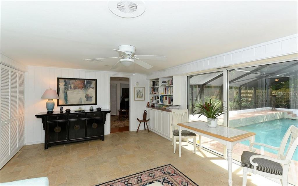 Additional photo for property listing at 6551 Bayou Hammock Rd 6551 Bayou Hammock Rd Longboat Key, Florida,34228 United States