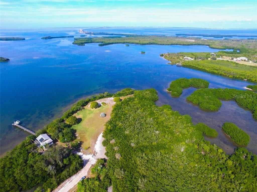 Additional photo for property listing at 41 Boots Point Rd 41 Boots Point Rd Terra Ceia, Florida,34250 Estados Unidos