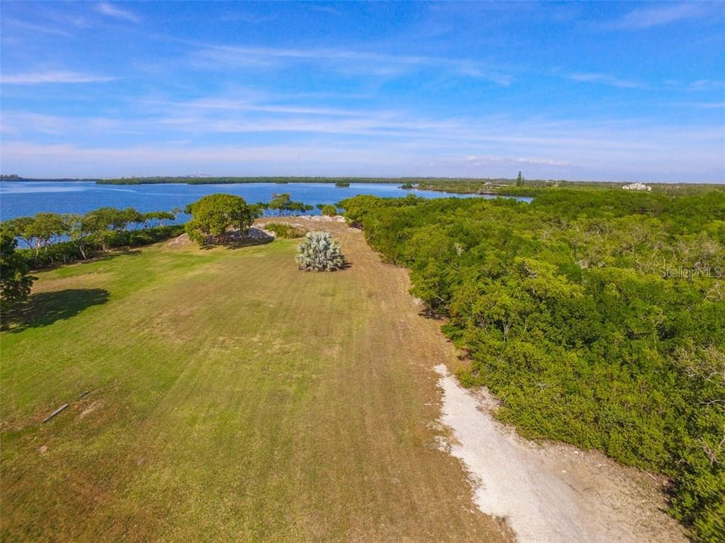 Additional photo for property listing at 41 Boots Point Rd 41 Boots Point Rd Terra Ceia, Florida,34250 United States