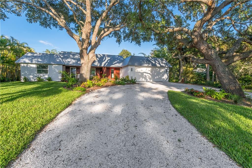 Additional photo for property listing at 5115 Dewey Pl  Sarasota, Florida,34242 United States