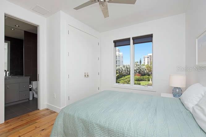 Additional photo for property listing at 320 Calle Miramar 320 Calle Miramar Sarasota, Florida,34242 Verenigde Staten