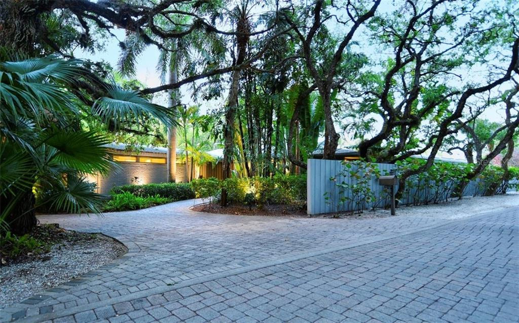 Additional photo for property listing at 5121 Hidden Harbor Rd 5121 Hidden Harbor Rd Sarasota, 佛羅里達州,34242 美國