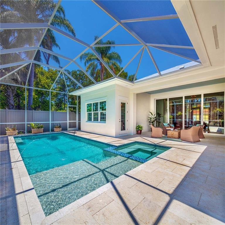 Single Family Home for sale at 1530 Pine Bay Dr, Sarasota, FL 34231 - MLS Number is A4188641