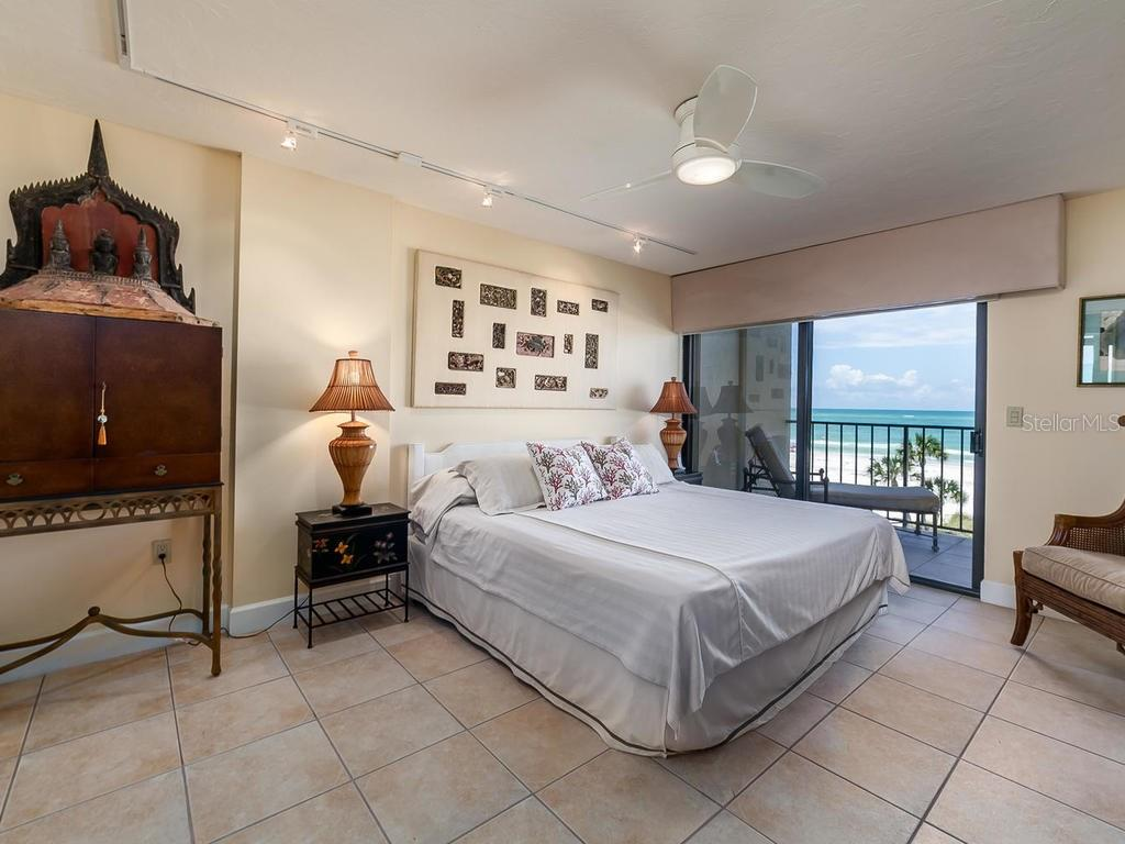 Spacious master bedroom - Condo for sale at 20 Whispering Sands Dr #301, Sarasota, FL 34242 - MLS Number is A4190302