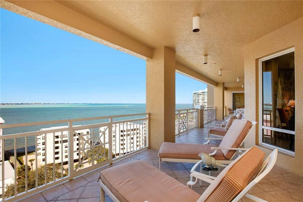 Additional photo for property listing at 35 Watergate Dr #1003 35 Watergate Dr #1003 Sarasota, Florida,34236 Estados Unidos