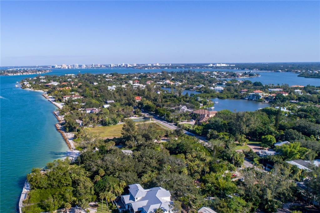 Single Family Home for sale at 4173 Shell Rd, Sarasota, FL 34242 - MLS Number is A4195612