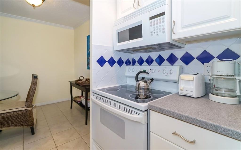 Condo for sale at 2721 Gulf Of Mexico Dr #401, Longboat Key, FL 34228 - MLS Number is A4197675