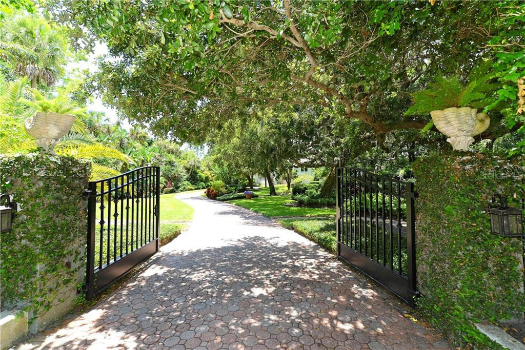 Gated entry. - Single Family Home for sale at 2145 Alameda Ave, Sarasota, FL 34234 - MLS Number is A4414337