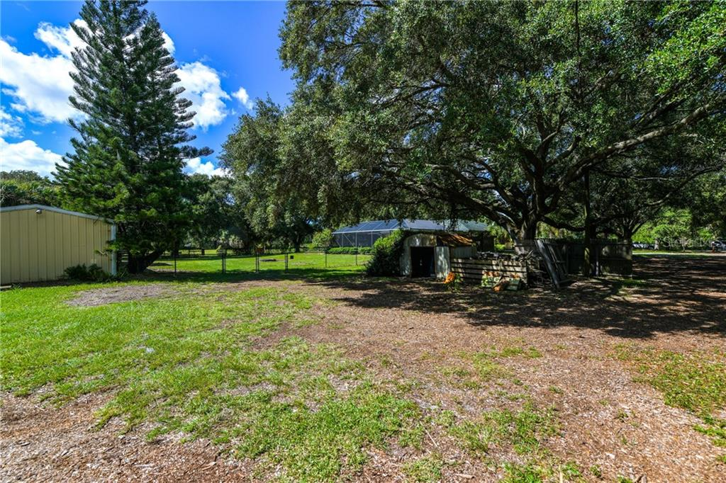 Nature abounds. - Single Family Home for sale at 2045 Frederick Dr, Venice, FL 34292 - MLS Number is A4416740