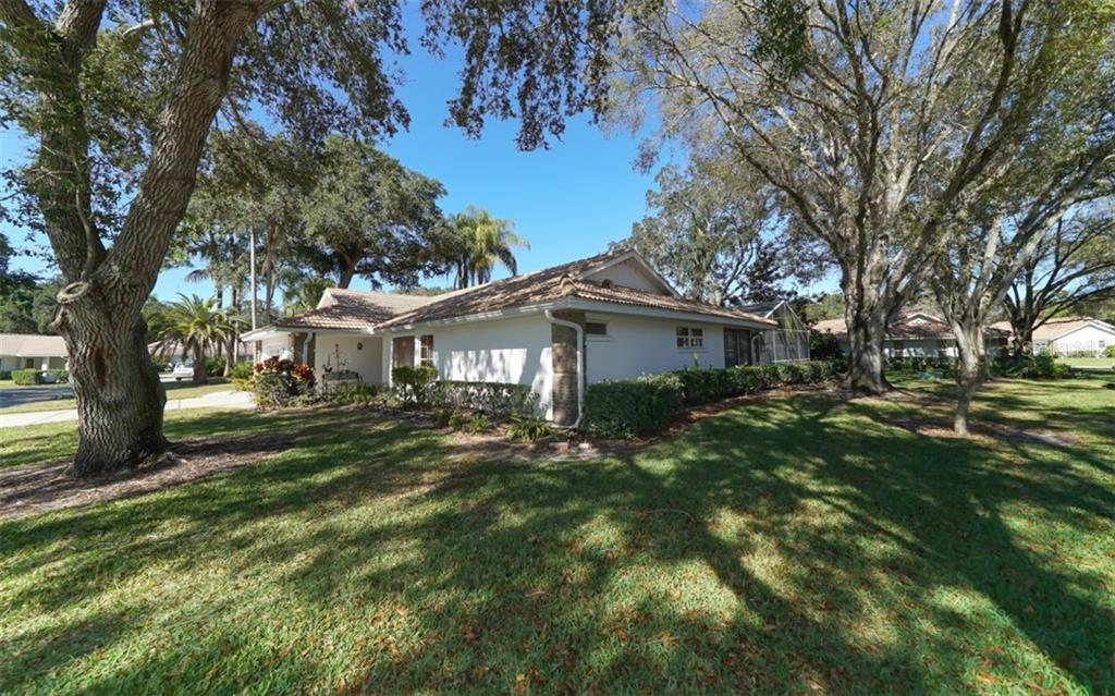 Single Family Home for sale at 3609 Garden Lakes Clenet, Bradenton, FL 34203 - MLS Number is A4424272