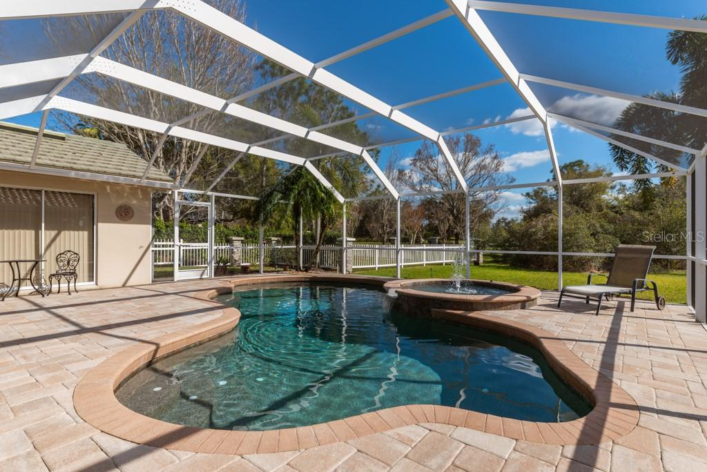 Single Family Home for sale at 6634 Waters Edge Way, Lakewood Ranch, FL 34202 - MLS Number is A4427281