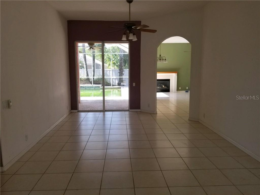 Single Family Home for sale at 420 Country Ln, Bradenton, FL 34212 - MLS Number is A4432178