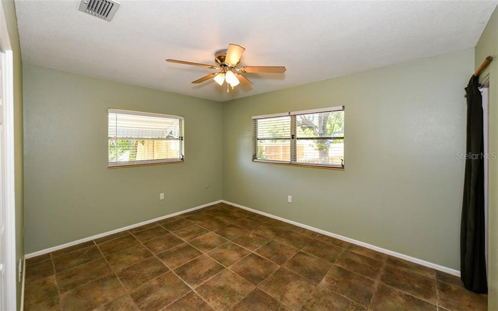 Master bedroom - Single Family Home for sale at 120 23rd Street Ct Ne, Bradenton, FL 34208 - MLS Number is A4438232