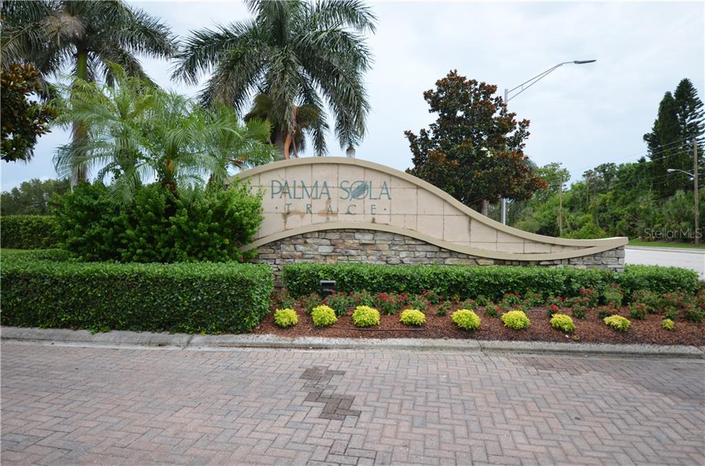 Nice entrance - Single Family Home for sale at 3632 Summerwind Cir, Bradenton, FL 34209 - MLS Number is A4438762
