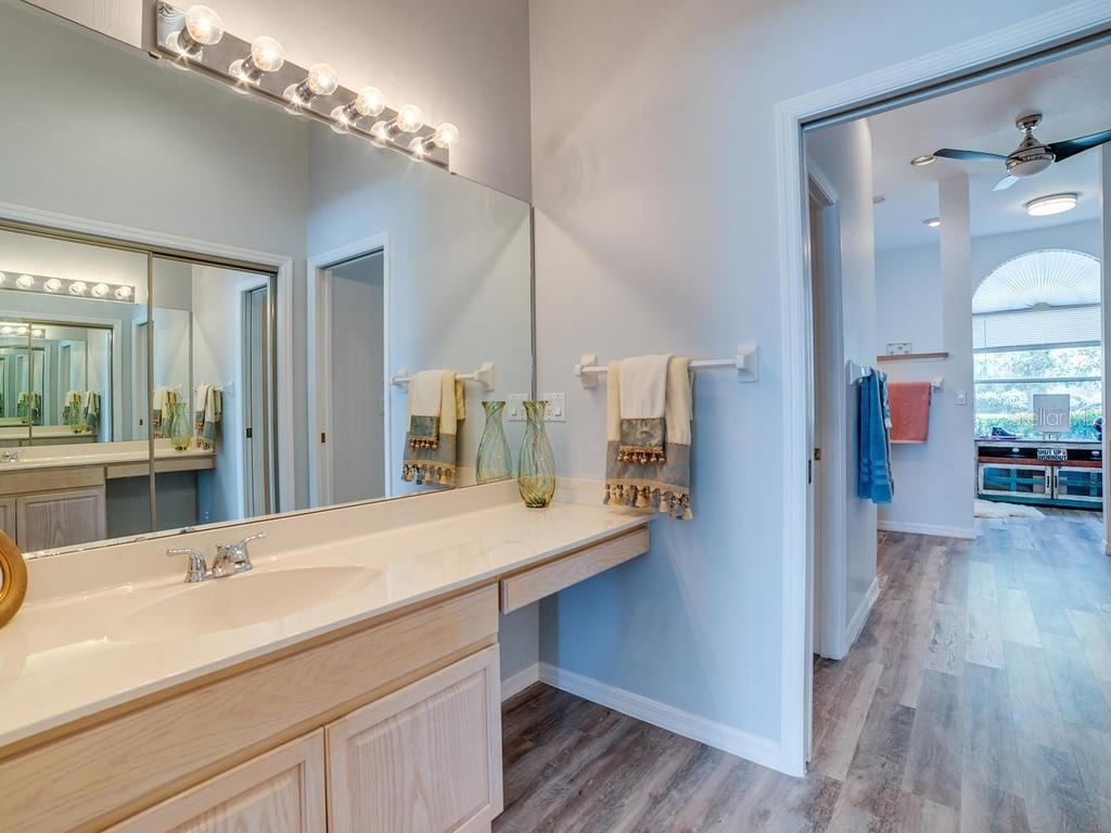 Vanity #1 in Master Bath - Single Family Home for sale at 4117 Via Mirada, Sarasota, FL 34238 - MLS Number is A4438764