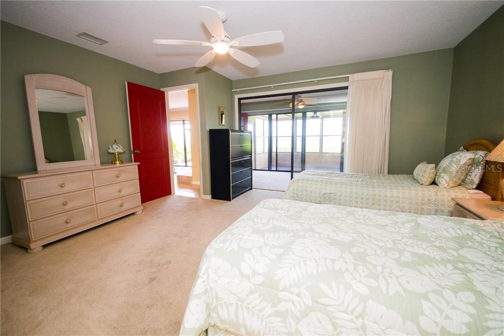 Use your bonus room as a study or tv room. - Condo for sale at 4001 Catalina Dr, Bradenton, FL 34210 - MLS Number is A4443126