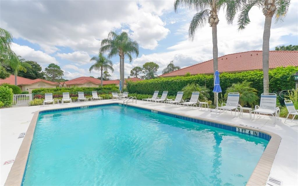 Villa Located Just across from Community Swimming pool - Villa for sale at 3338 W Chelmsford Ct, Sarasota, FL 34235 - MLS Number is A4448872
