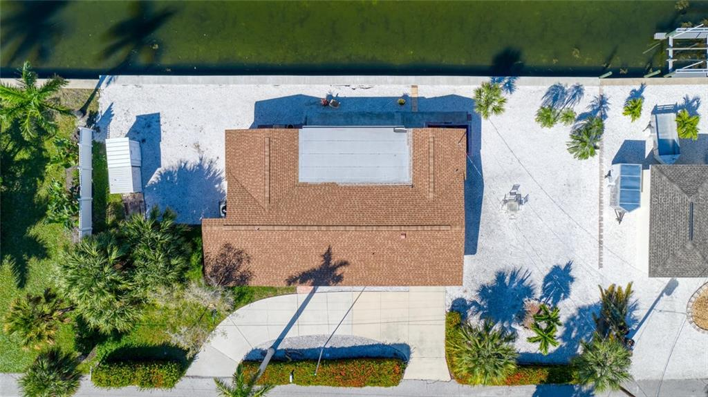 What an amazing location! - Single Family Home for sale at 691 Tarawitt Dr, Longboat Key, FL 34228 - MLS Number is A4451584