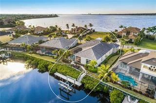 633 Regatta Way, Bradenton, FL 34208
