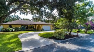 7915 2nd Ave W, Bradenton, FL 34209