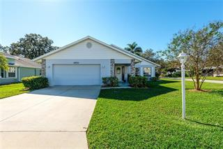 4950 Oak Run Dr, Sarasota, FL 34243