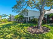 Single Family Home for sale at 554 S Spoonbill Dr, Sarasota, FL 34236 - MLS Number is A4167262