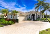 6839 Wagon Wheel Cir, Sarasota, FL 34243