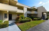 7405 W Country Club Dr N #103, Sarasota, FL 34243