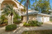 7234 Eleanor Cir #103, Sarasota, FL 34243