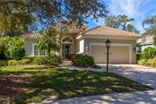 8146 Dukes Wood Ct, University Park, FL 34201