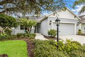 4727 Lake Breeze Ter, Sarasota, FL 34243